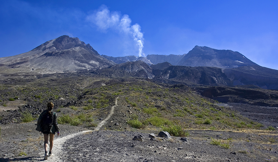 Hike Mt St Helens